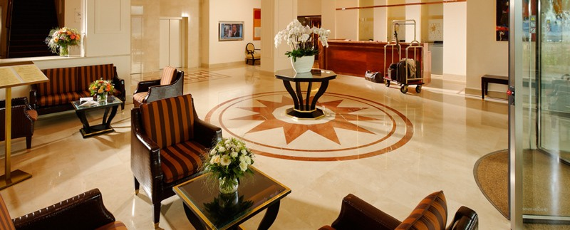 hotel-paix-lausanne-hall