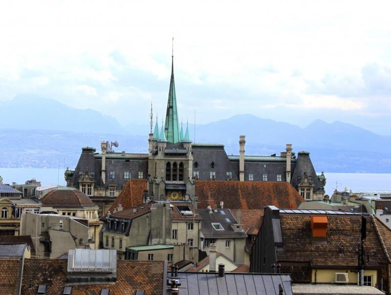 Eglise-saint-francois-vue-loin-exterieur-1024x772