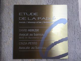 la-paix-6-etude-avocats-exterieur-plaquette
