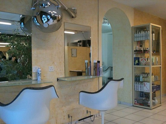 luciano-coiffure-interieur-lausanne