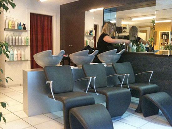 luciano-coiffure-interieur-salon-lausanne