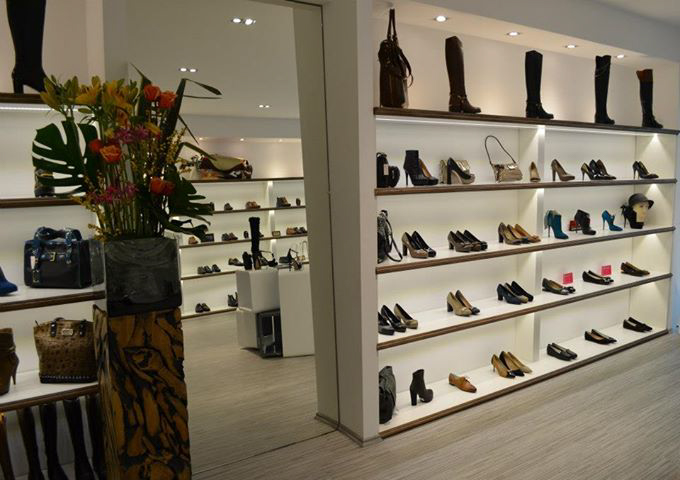 navyboot-bourg-lausanne-interieur